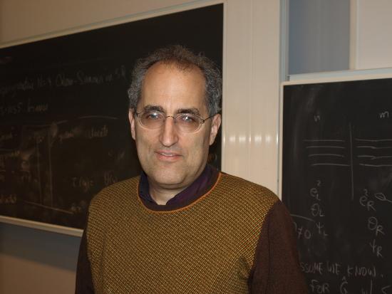 Edward Witter při přednášce na univerzitě v Göteborgu (Wikimedia/Ojan)