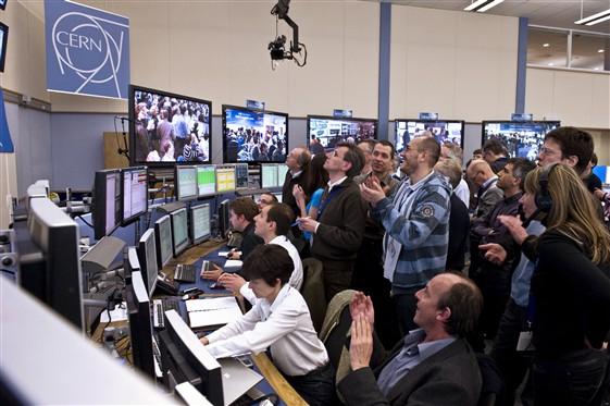 """""""LHC do toho."""""""
